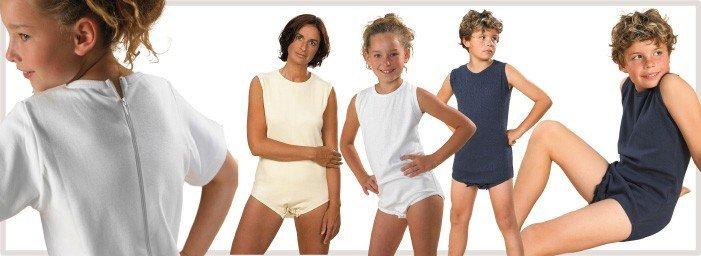 Maintien des protections pour éviter les fuites si l'enfant arrache ses protections ou remue beaucoup