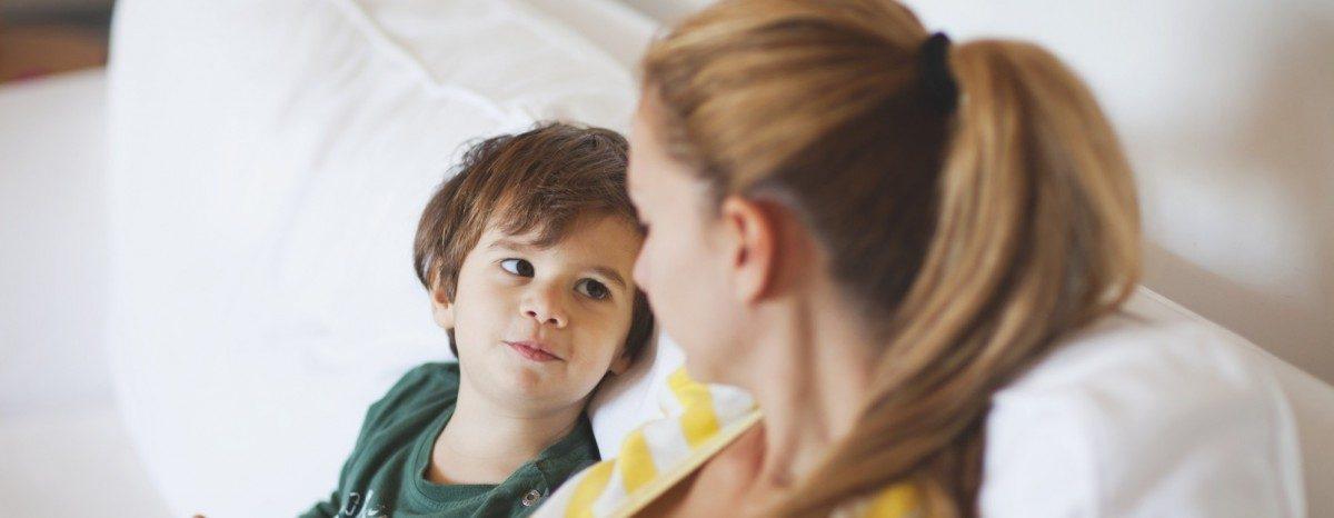 Enurésie : en parler avec les enfants